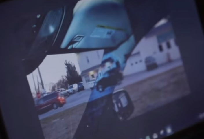 14-летняя девочка решила проблему слепых зон в автомобиле (видео)