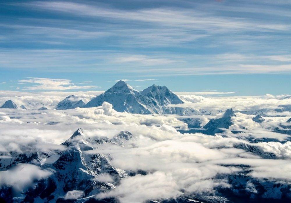 картинки вершины горы эверест большом шкафу-купе